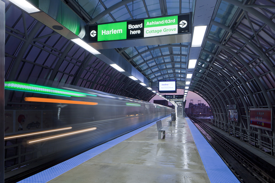 ermak-McCormick Place Elevated Green Line Wins National APWA Recognition